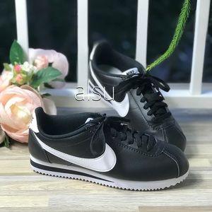 NWT Nike Classic Cortez Leather w/Black WMNS
